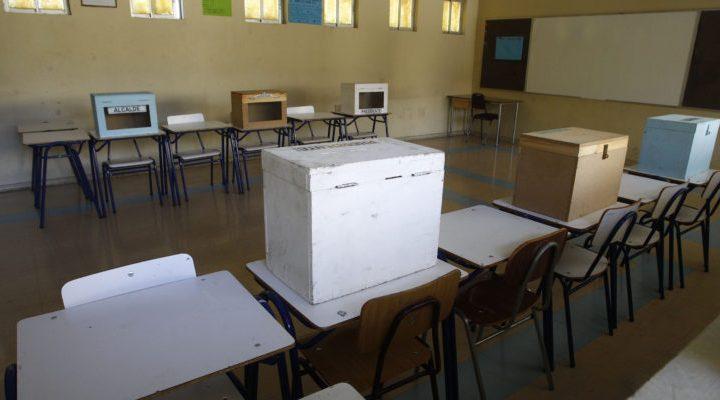 Los Ríos: más de mil funcionarios policiales y de seguridad resguardarán los 97 locales de votación
