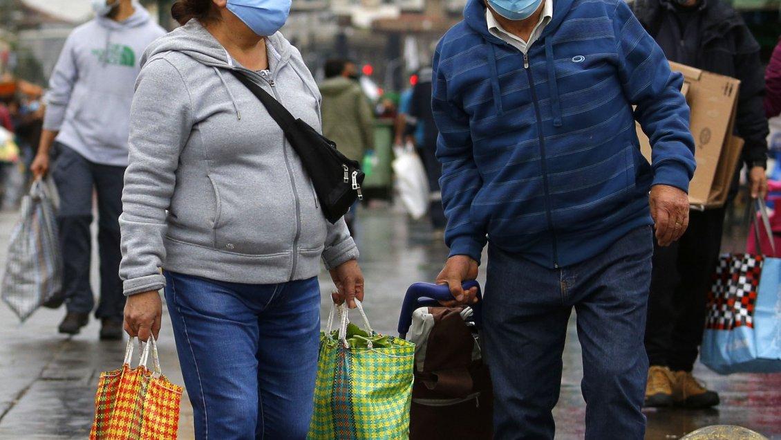 El 44% de los chilenos confiesa haber subido de peso durante el confinamiento